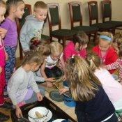 Warsztaty przedszkolaków w Żorskim Centrum Regionalnym