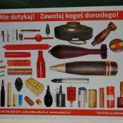 Prelekcja dla uczniów na temat przedmiotów zawierających niebezpieczne materiały wybuchowe