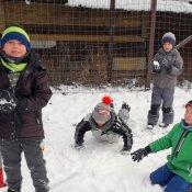 Zimowe zabawy klas I